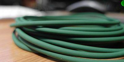 Vihreää lankaa ripustamassa…